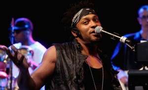 dangelo-bonnaroo-gary-miller-getty2 (1)