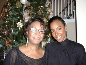 kelly-rowland-and-her-mother