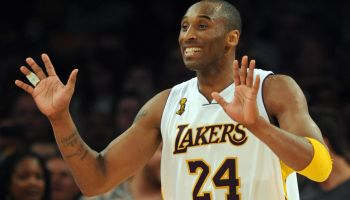 Kobe Bryant of the Los Angeles Lakers ce