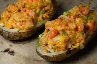 CRAWFISH BAKED POTATO