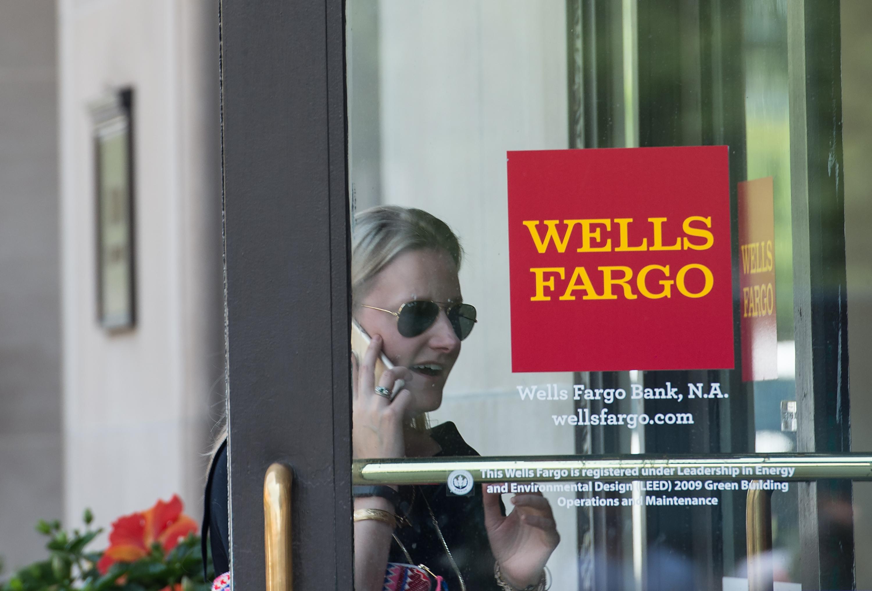 US-ECONOMY-BANK