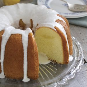 Old-Fashioned Lemon Pound Cake