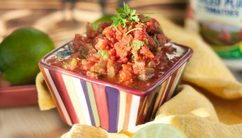 5 Minute Restaurant-Style Blender Salsa
