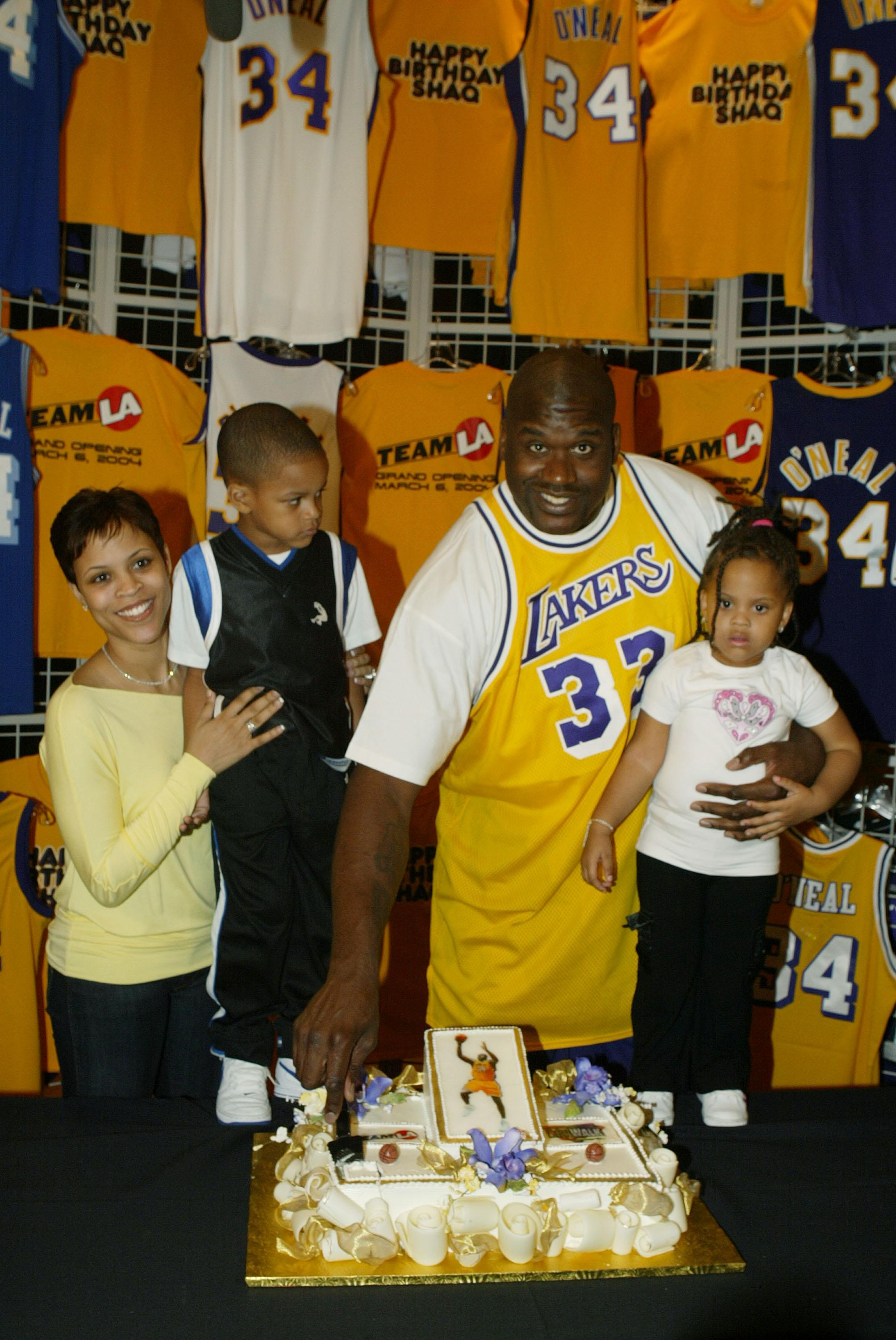 Shaquille O'Neal Opens Team LA Superstore on Universal Citywalk