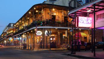 Neons, Nighhtclubs, Bars, Bourbon Street