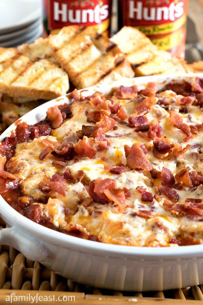 Creamy Roasted Tomato Bacon Dip