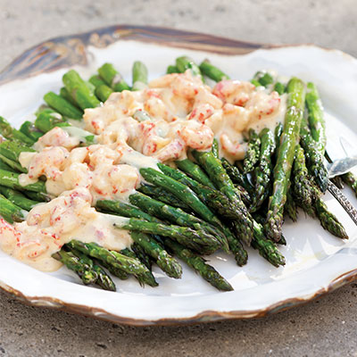 Asparagus With Crawfish Hollandaise