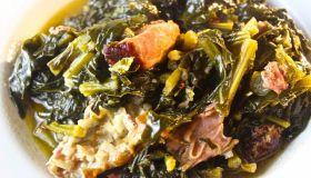 Braised Collard Greens with Smoked Turkey