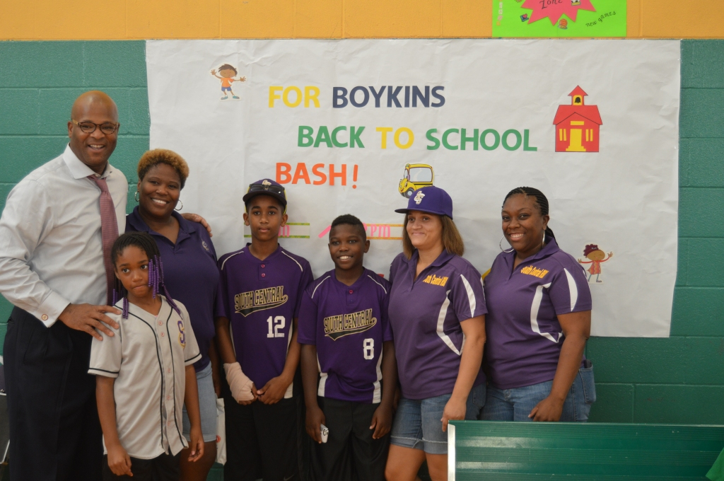 Dwight Boykins Back To School Drive