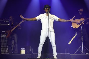 Ne-Yo -- Majic Summer Block Party