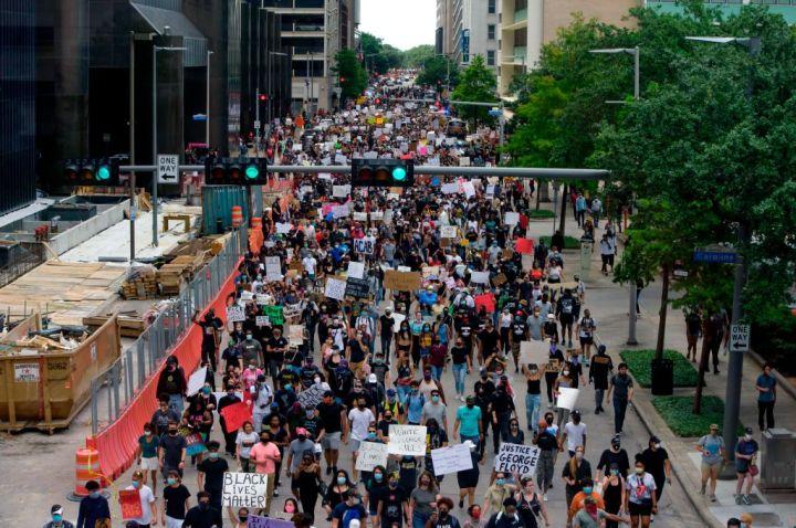March Through Downtown Houston
